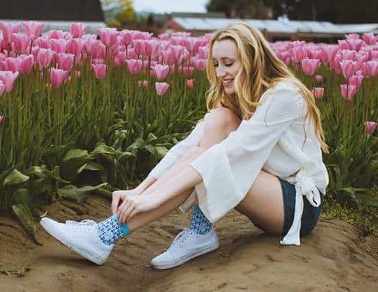 conscious_step_socks_with_a_casue