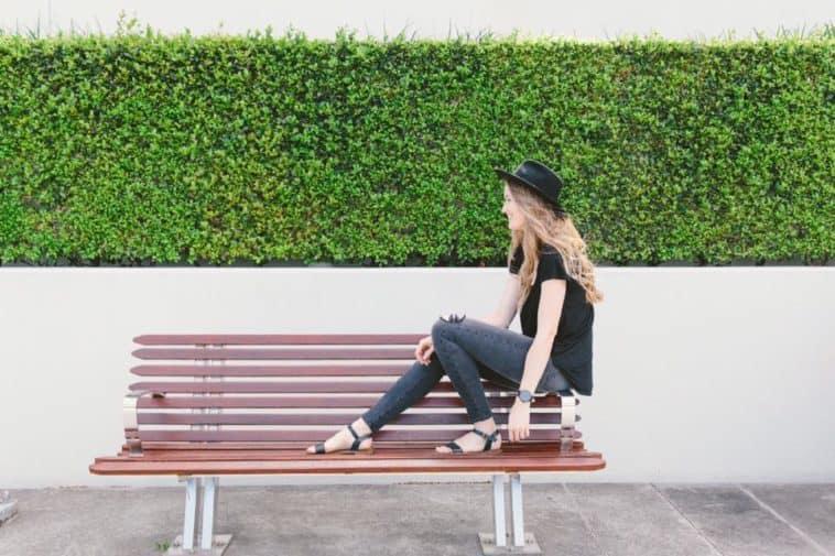 outland_denim_women_jeans